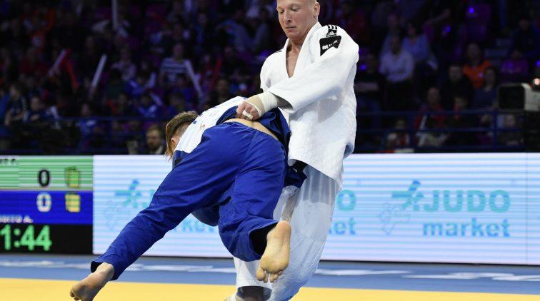 Judoka De Wit grijpt naast brons op EK | Sportnieuws
