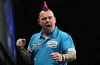 peter-wright-betway-premier-league-lawrence-lustig-pdc_gf38wwmgxure1v5vjfw15fhyh