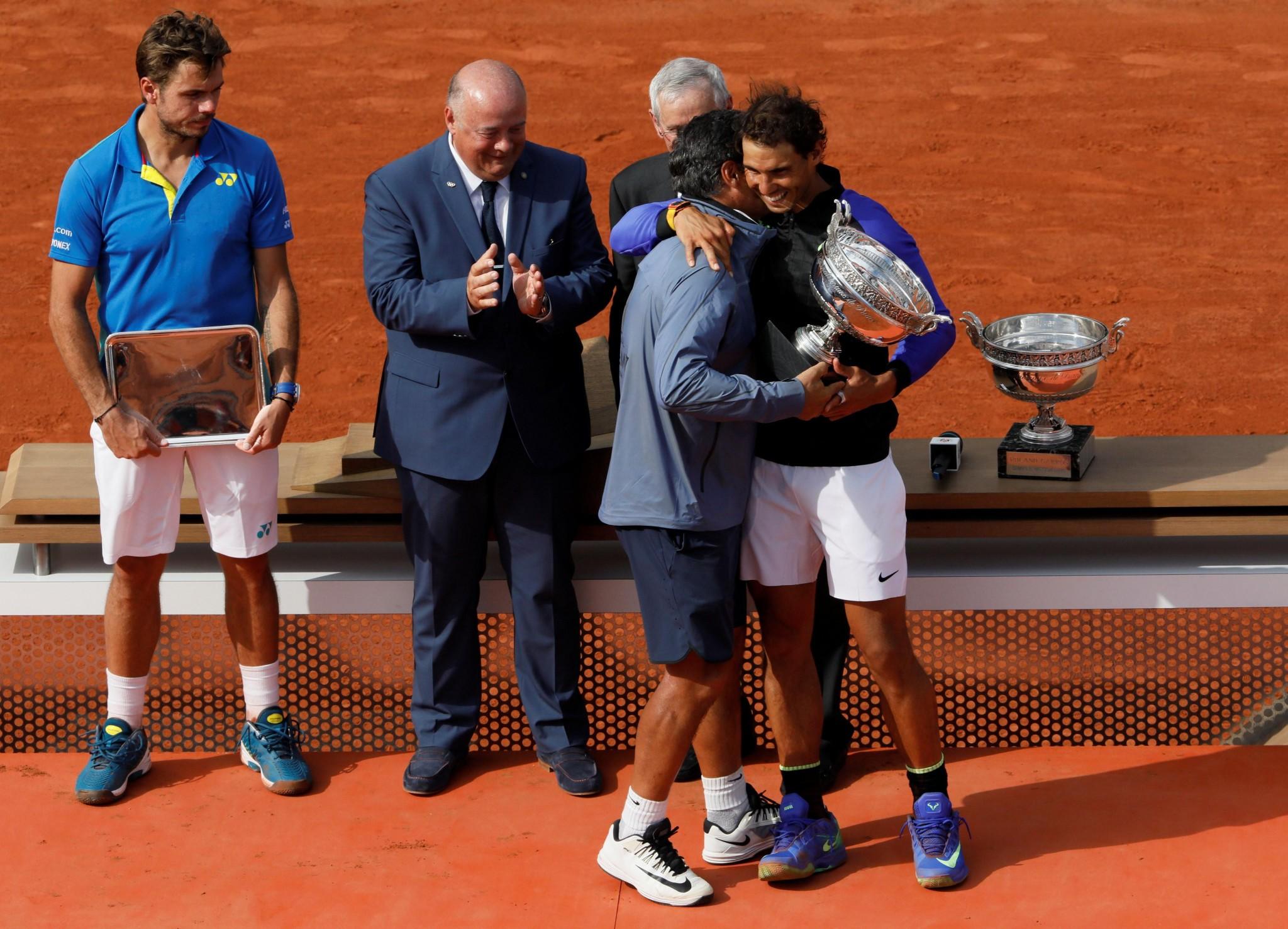 Roland Garros Handdoek.Huilende Nadal Het Belangrijkste Toernooi In Mijn Leven Video