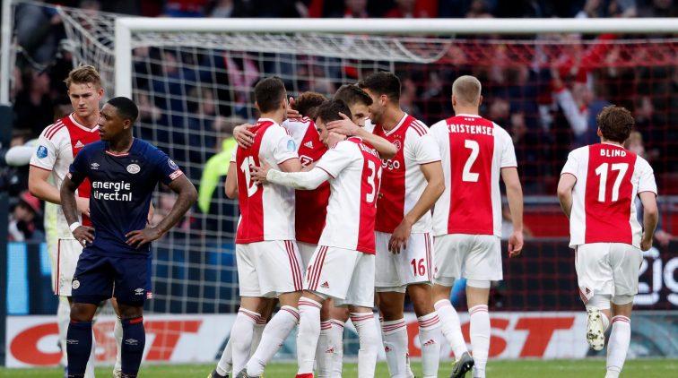 Ajax Gaat 3 Keer Winnen Psv Pakt Slechts 4 Punten Sportnieuws