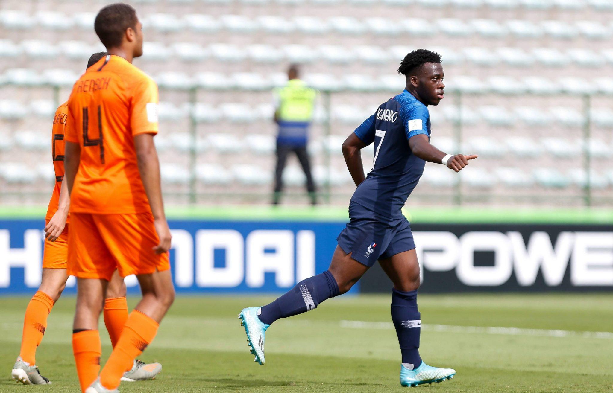 Balen! Oranje onder-17 grijpt overal naast en verliest troostfinale van Frankrijk - Sportnieuws.nl