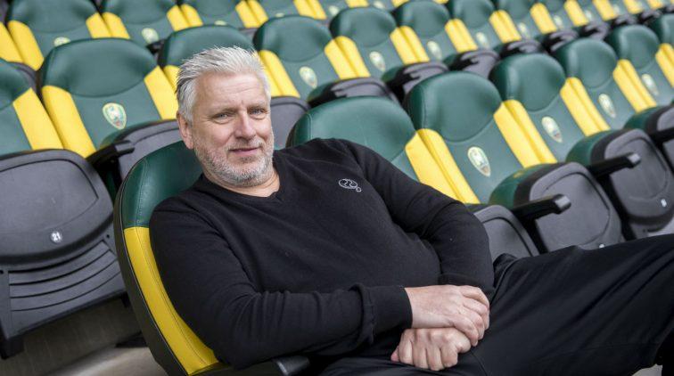 John Van Zweden.Oud Eigenaar Swansea City John Van Zweden Onder Vuur Na