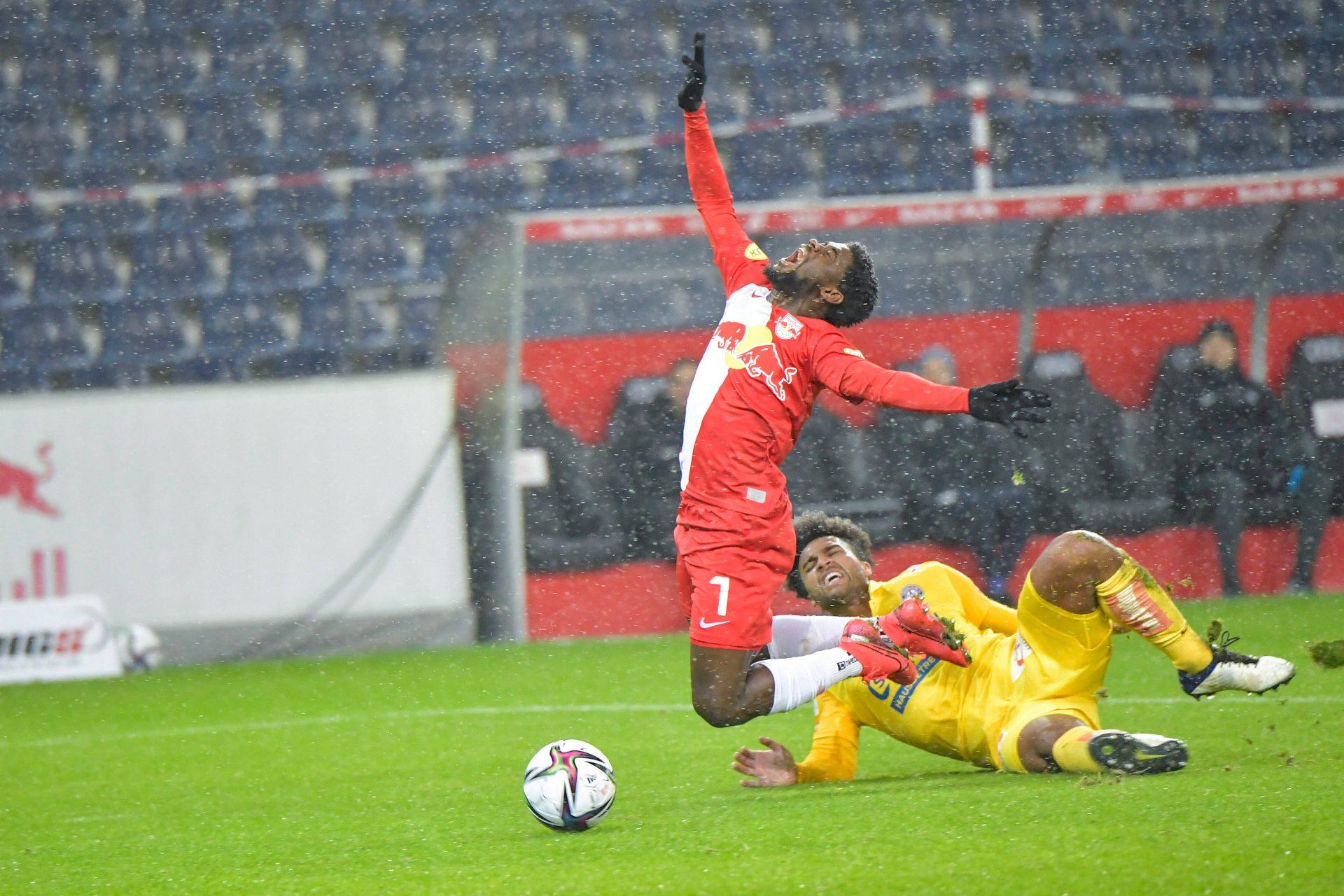 Spelers van FC Salzburg betrapt op doping, krijgen schorsing van 'maar' 3 maanden - Sportnieuws.nl