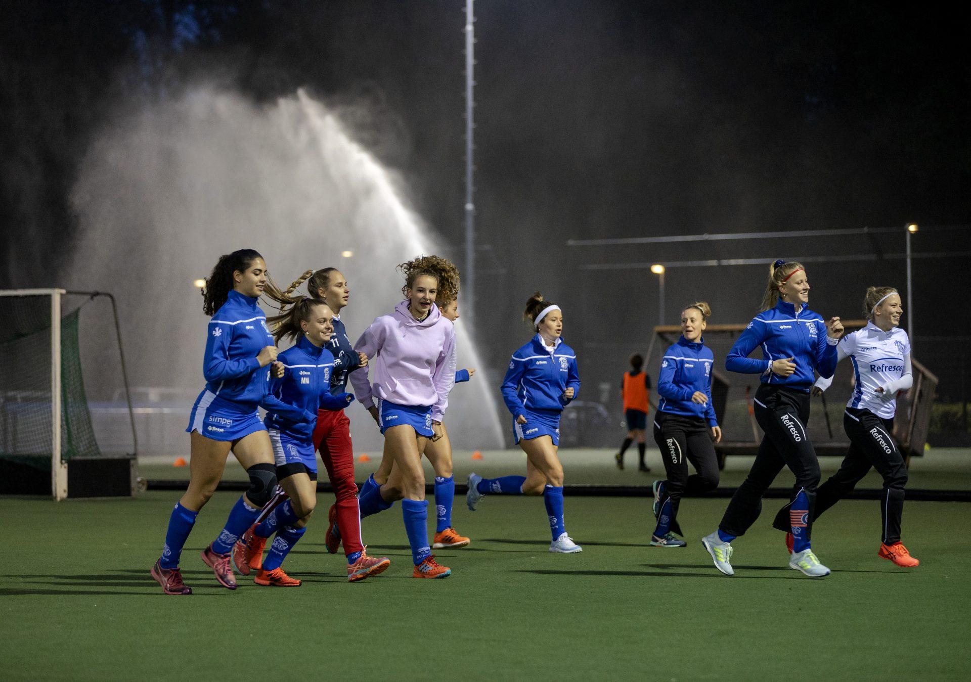 De regering wil regels versoepelen voor jongeren tot 27 jaar: trainen in teamverband en sporthal weer open - Sportnieuws.nl