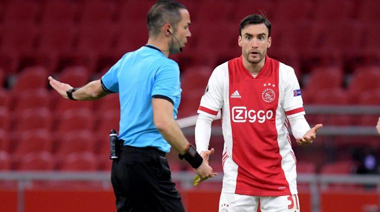 Ajax spelers op scherp