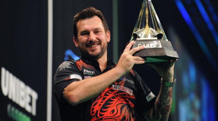 jonny-clayton-salaris-prijzengeld-premier-league-darts-stukadoor