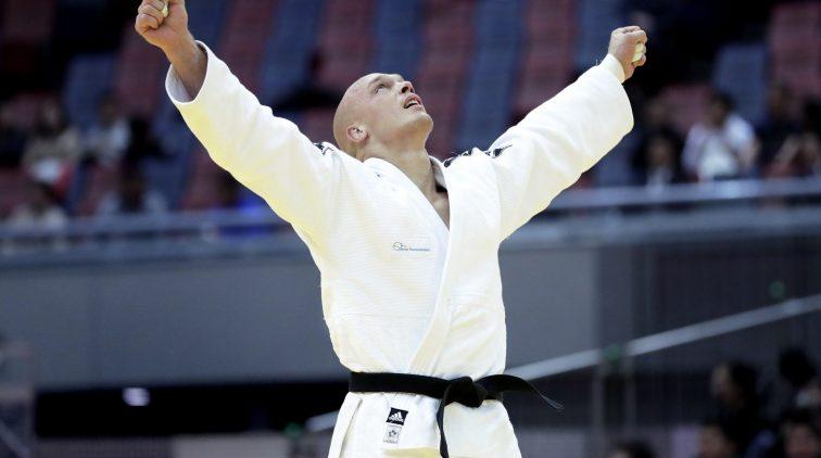 judoka-henk-grol-moest-flink-vreten-om-zwaargewicht-te-worden-pannenkoeken-met-spek-lekker