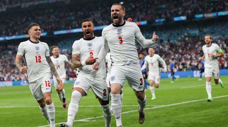 Is de goal van Shaw tijdens Italië-Engeland de snelste goal op het EK ooit?  | Sportnieuws