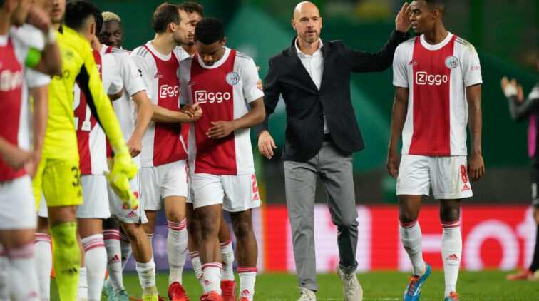 Media Kranten Over Ajax Na Zege op Sporting Champions League